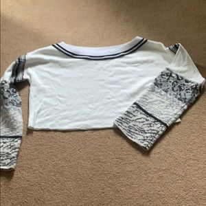 Awesome Free People Crop!